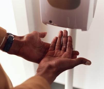 Hand Sanitiser 404 x 346